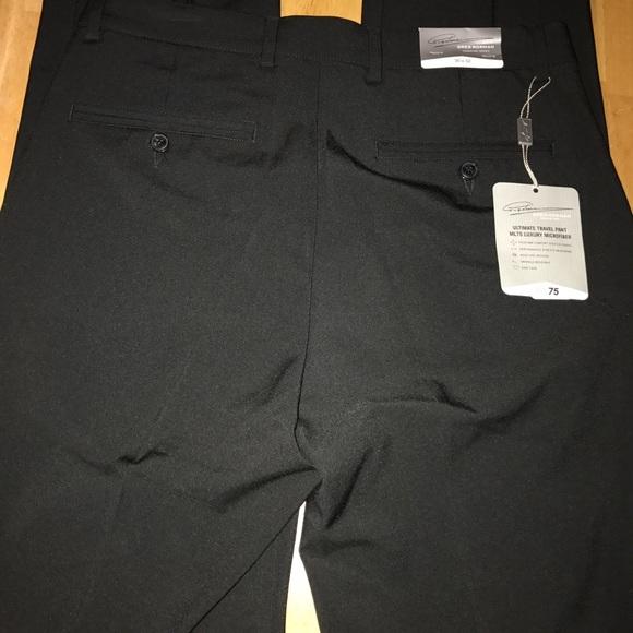 Black NWT Greg Norman Men/'s Travel Short Size 32